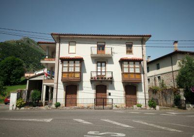 Expediente de legalización de edificio de dos viviendas sito en C. Arturo López nº 24